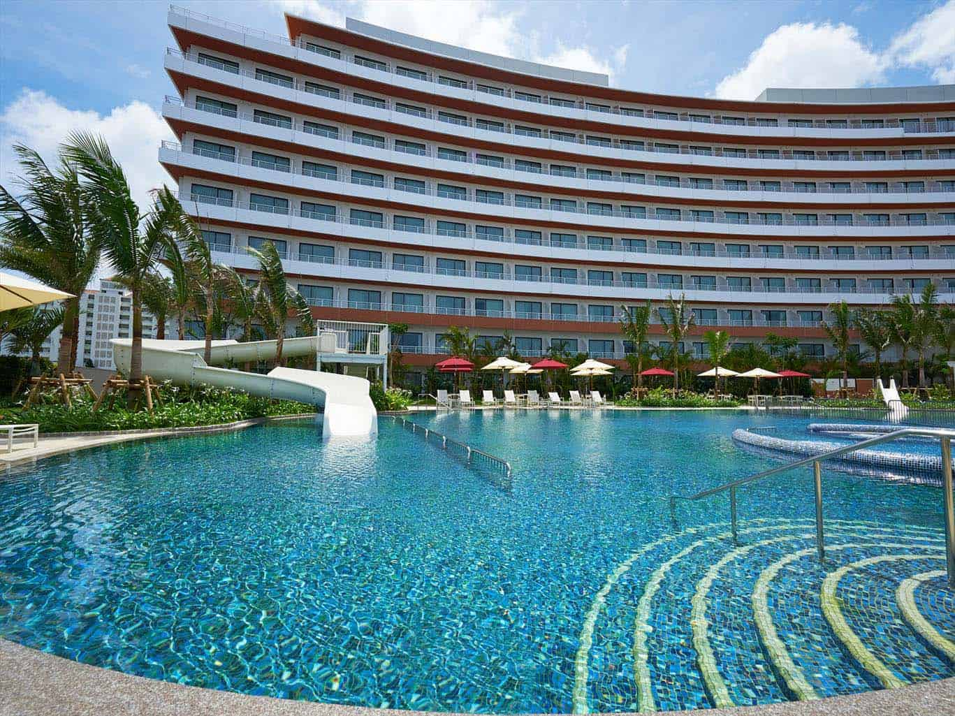 Hilton Okinawa Chatan Resort
