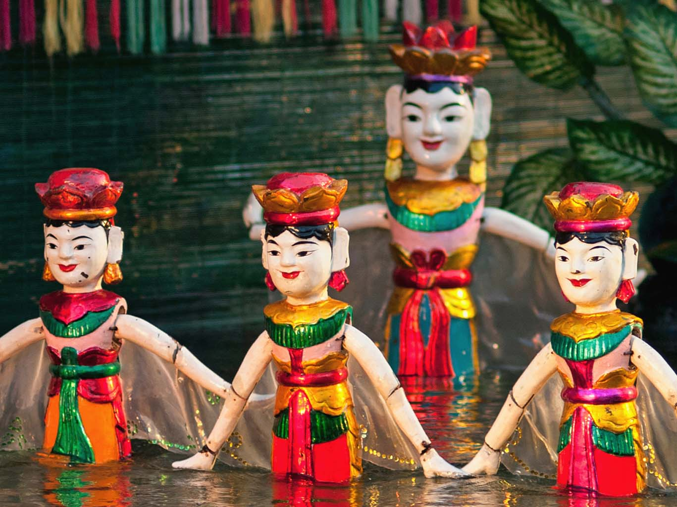 Water Puppetry: Behind the Scenes